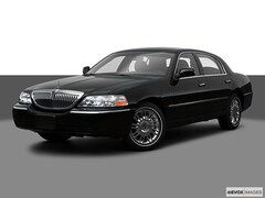 Used 2009 Lincoln Town Car Signature Limited Sedan