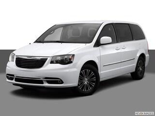 2014 Chrysler Town & Country S Sports Van