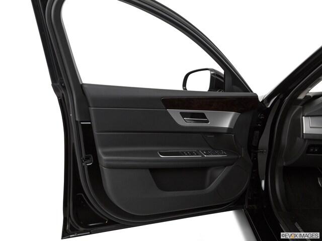 2020 Jaguar XF Sedan