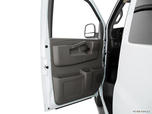 2020 Chevrolet Express 3500 Van