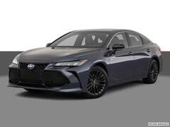 2020 Toyota Avalon Hybrid XSE Sedan