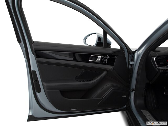 2020 Porsche Panamera E-Hybrid Sedan