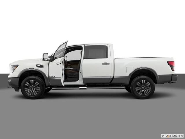 2021 Nissan Titan XD Truck