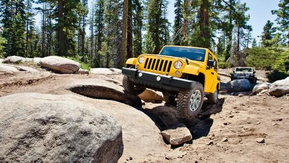 Jeep Dealership near Troy, MI | Golling CDJR