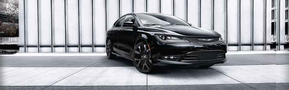 2016 Chrysler 200 luxury sedan
