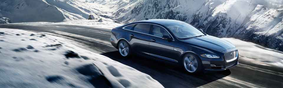 2016 Jaguar XJ sedan