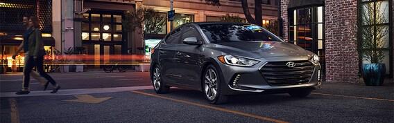 Hyundai Elantra vs Hyundai Sonata Comparison | Bob Howard