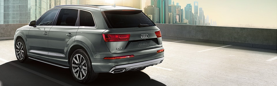http://images.dealer.com/graphics/2018/Audi/v8_16x5/2018-Q7-SUV_01.jpg