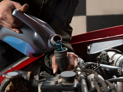 GET YOUR CAR HOLIDAY READY WITH 10% OFF ANY FLUID EXCHANGE