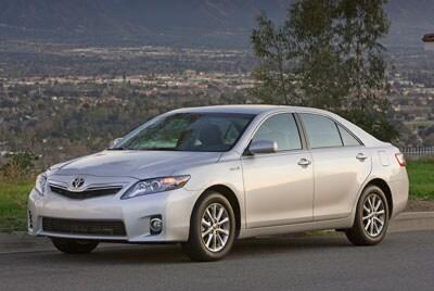 Toyota Dealers Phoenix >> New Toyota Camry Compare Toyota Sedan Prices Specs