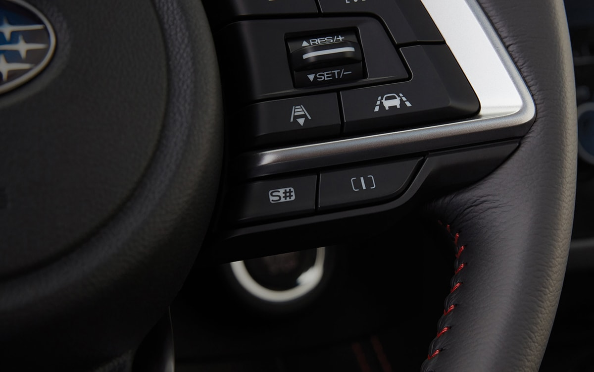 A close-up of the standard SI-DRIVE controls on the 2021 Subaru Forester Sport.