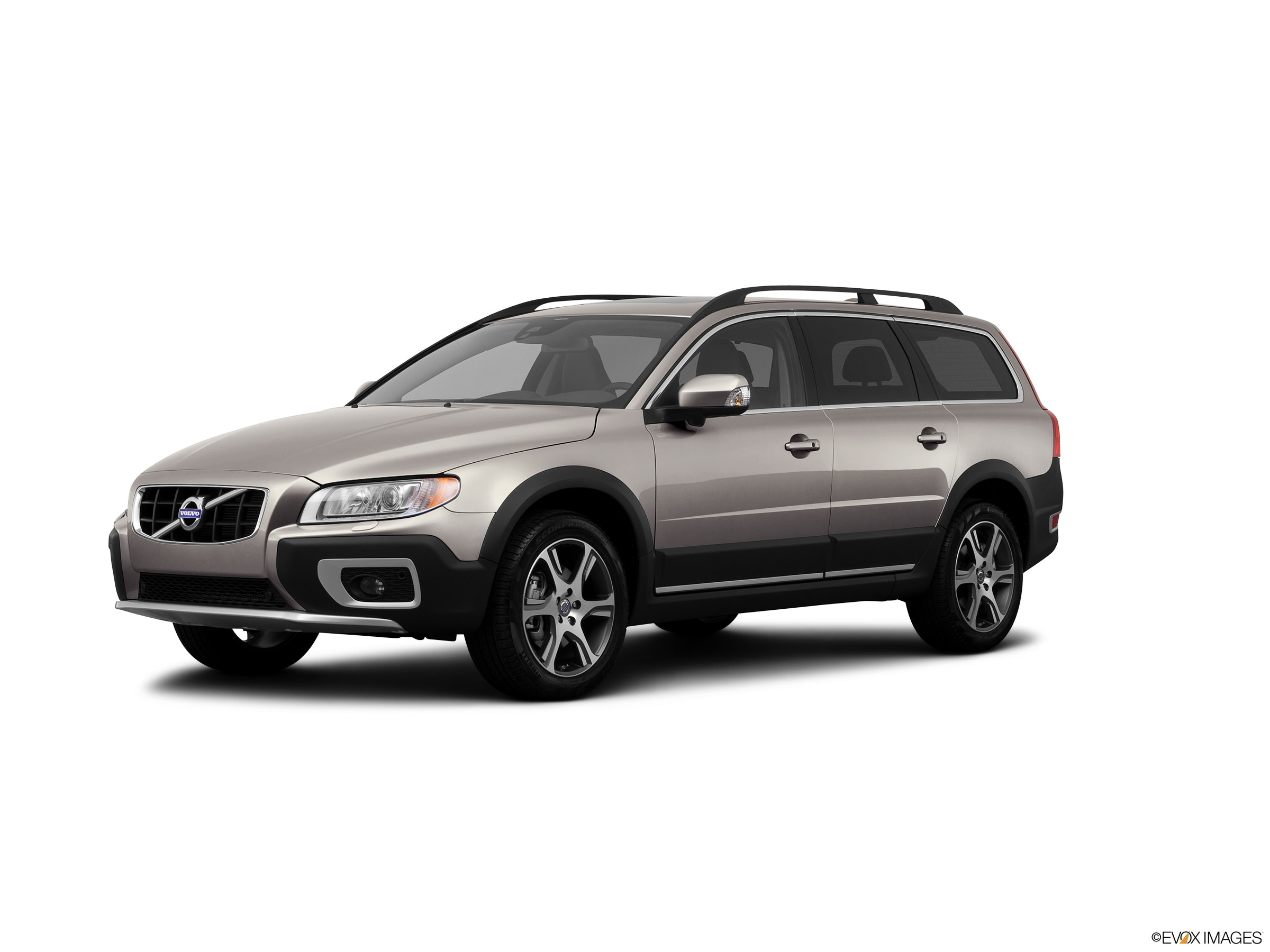 used 2013 Volvo XC70 car, priced at $17,998