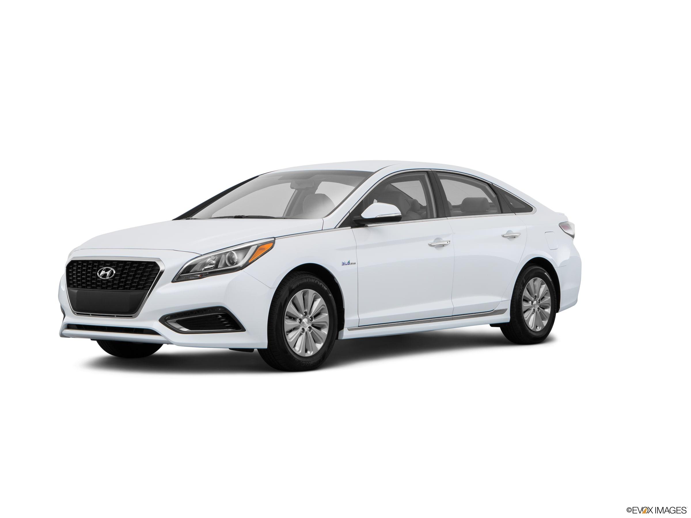 used 2016 Hyundai Sonata Hybrid car, priced at $10,915